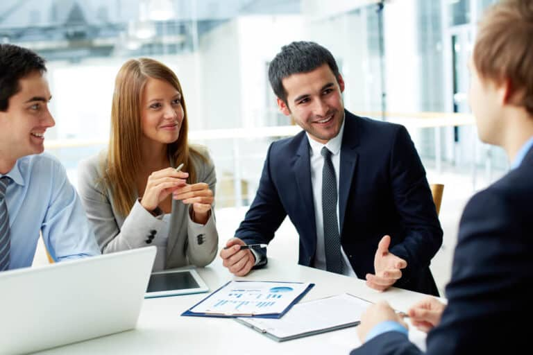 חונכות עסקית, צוות אנליטיקה מסביב לשולחן